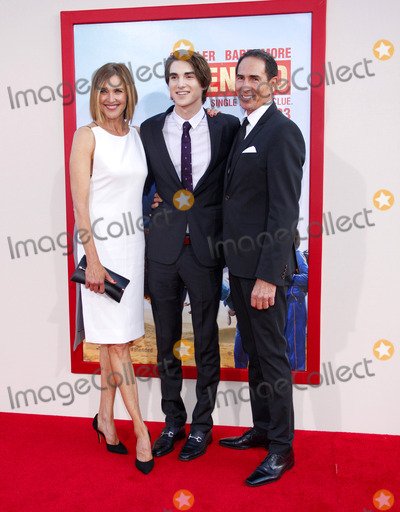 Brenda Strong Photo - Brenda Strong and Zak Henri at the Los Angeles premiere of Blended held at the TCL Chinese Theatre in Los Angeles on May 21 2014 in Los Angeles California Credit PopularImages