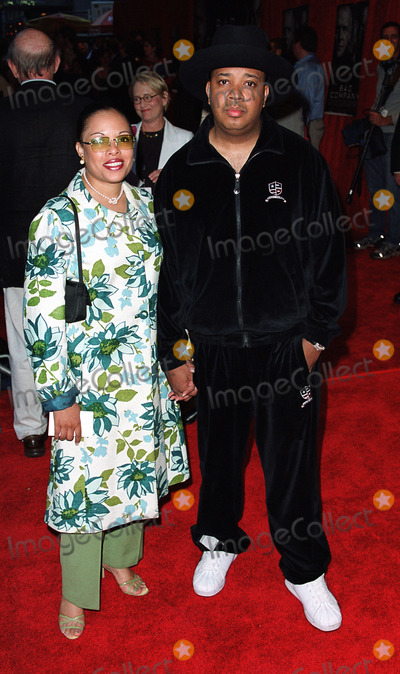 Rev Run Photo - Rev Run attending the world premiere of Touchstone Pictures movie Bad Company New York June 4 2002
