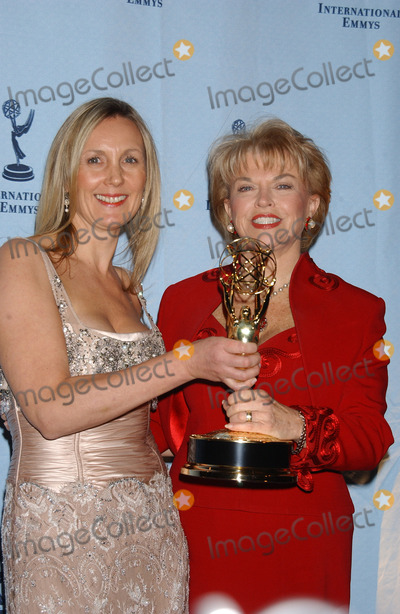Angela Stephenson Photo - NEW YORK NOVEMBER 22 2004    Angela Stephenson and Pat Mitchell at the International Emmy Awards held in New York City
