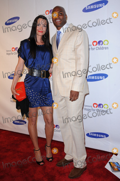 Amani Toomer Photo - Amani Toomer attends the Samsung Hope for Children Gala at Cipriani Wall Street on June 7 2011 in New York City