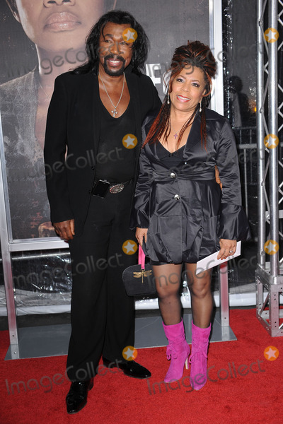 Nickolas Ashford Photo - Nickolas Ashford and Valerie Simpson attend the premiere of For Colored Girls at Ziegfeld Theatre on October 25 2010 in New York City