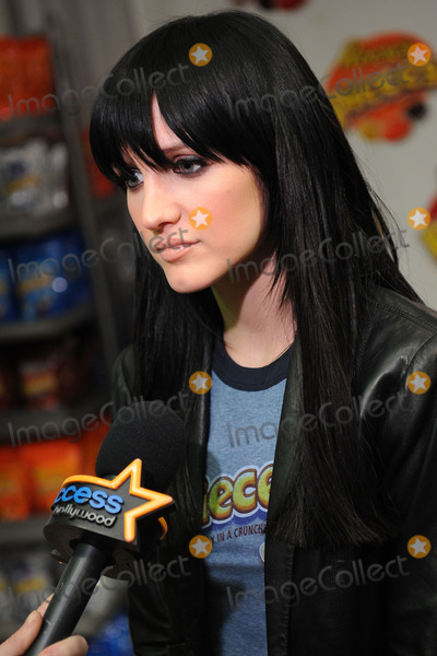 Ashlee Simpson-Wentz Photo - Actress Ashlee Simpson-Wentz promotes the new Hershey candies and wrapper rewards at the Hershey store in Times Square in New York City NY USA on January 27 2010