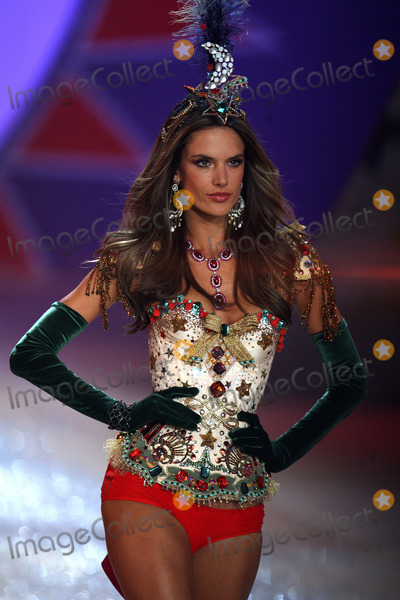 Alessandra Ambrossio Photo - November 7 2012 New York CityAlessandra Ambrosio walks the runway during the 2012 Victorias Secret Fashion Show at the Lexington Avenue Armory on November 7 2012 in New York City