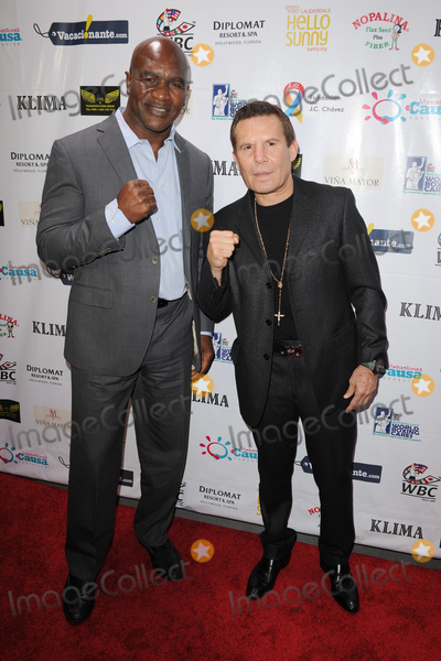 Cesar Chavez Photo - June 15 2016 Miami FLEvander Holyfield (L) and Julio Cesar Chavez attending the Foundation Baja Del Sol charity event at the Kilma Restaurant on June 15 2016 in Miami Beach FloridaBy Line SolarACE PicturesACE Pictures IncTel 6467670430