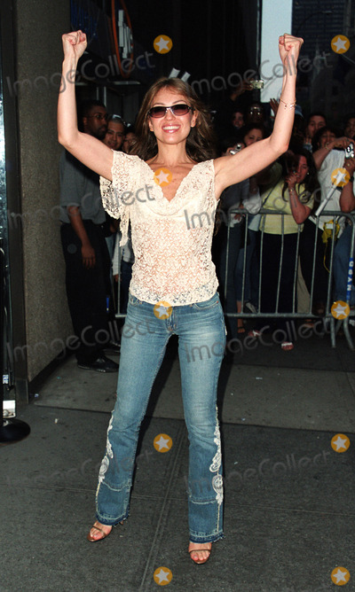 Ariadna Thalia Sodi Miranda Photo - Popular Latin singer and wife of Tommy Mottola Thalia Sodi (Ariadna Thalia Sodi Miranda)  made an appearance at FYI music store to promote her latest album Thalia New York May 28 2002