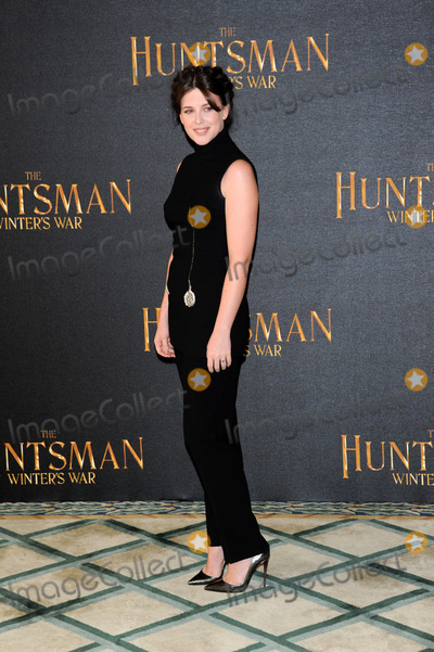 Alexandra Roach Photo - March 31 2016 LondonAlexandra Roach at a photocall to promote the film The Huntsman Winters War in London on March 31 2016 By Line FamousACE PicturesACE Pictures Inctel 646 769 0430