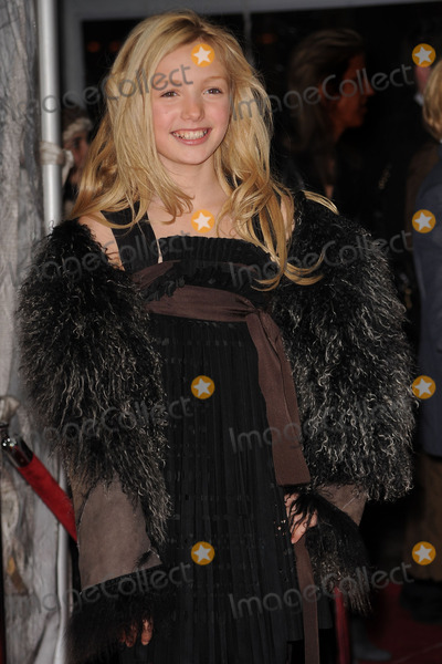 Peyton List Photo - Actress Peyton List arriving at the premiere of Remember Me at the Paris Theatre on March 1 2010 in New York City
