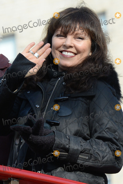 Pat Benatar Photo - November 26 2015 New York CityPat Benatar attending the 89th Annual Macys Thanksgiving Day Parade on November 26 2015 in New York CityCredit Kristin CallahanACE PicturesTel (646) 769 0430