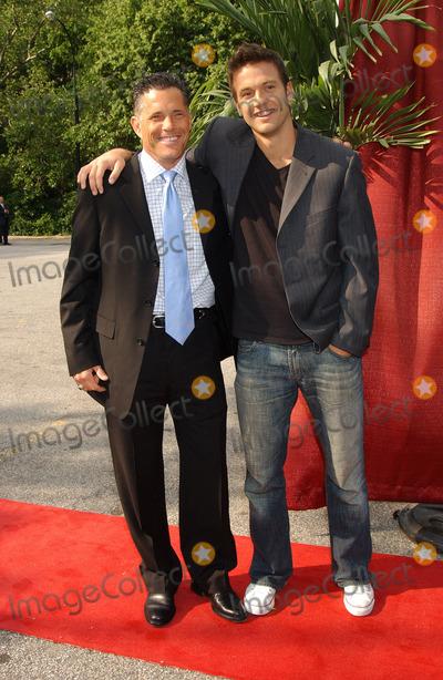 Aras Baskauskas Photo - Actors Terry Deitz and Aras Baskauskas arriving at the CBS Upfronts event