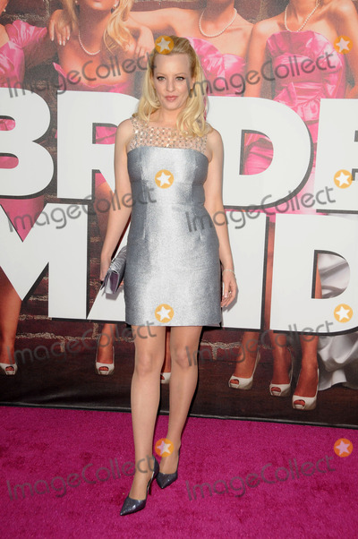 Wendi McLendon Covey Photo - Wendi McLendon-Covey arriving at the premiere of Bridesmaids held at the Mann Village Theatre on April 28 2011 in Westwood California