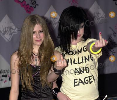Avril Lavigne Photo - Avril Lavigne and Kelly Osbourne at 2003 Video Music Awards New York August 28 2003