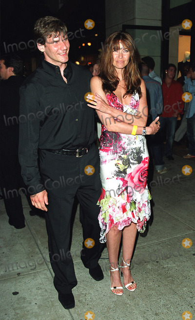 Alexei Yashin Photo - CAROL ALTand ALEXEI YASHIN attending the New York Premiere of Austin Powers in Goldmember at Barneys New York on Madison Avenue in New York July 24 2002