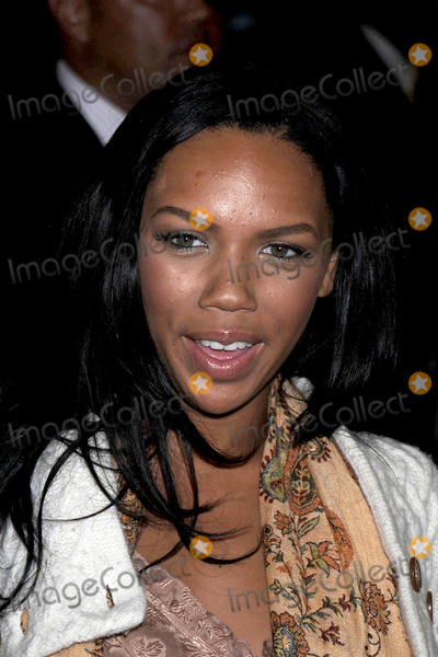The Cheetah Girls Photo - Singer Kiely Williams of the Cheetah Girls attends an instore signing for their One World album at Virgin Megastore Times Square on August 19 2008 in New York City