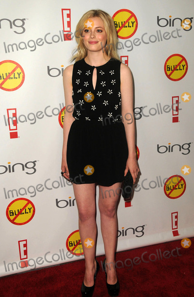 Gillian Jacobs Photo - Gillian Jacobs arriving at the premiere of Bully at Manns Chinese 6 on March 26 2012 in Los Angeles California