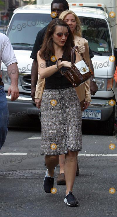 Kristin Davis Photo - Sex and the City Film Set on 5th Avenue in New York Pictured Kristin Davis May 7 2003