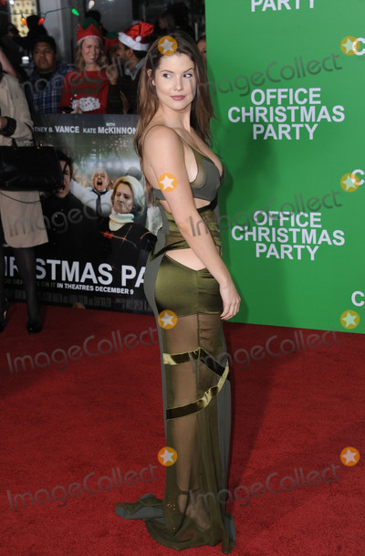 Amanda Cerny Photo - December 7 2016 LAAmanda Cerny arriving at the premiere of Office Christmas Party at the Regency Village Theatre on December 7 2016 in Westwood CaliforniaBy Line Peter WestACE PicturesACE Pictures IncTel 6467670430