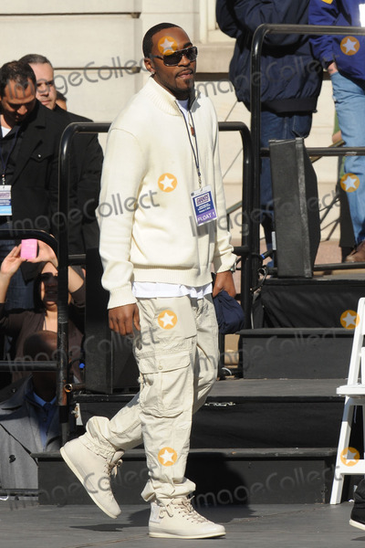 Hakeem Nicks Photo - Hakeem Nicks attends the Giants Victory Parade for Super Bowl XLVI on February 7 2012 in New York City