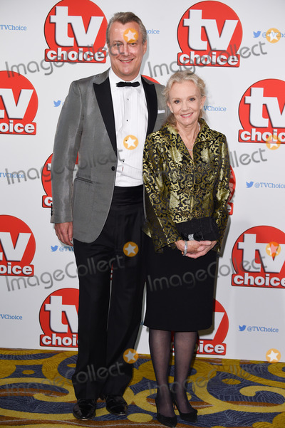 Hayley Mills Photo - Stephen Tompkinson  Hayley Mills at the TV Choice Awards 2015 at the Hilton Hotel Park Lane LondonSeptember 7 2015  London UKPicture Steve Vas  Featureflash