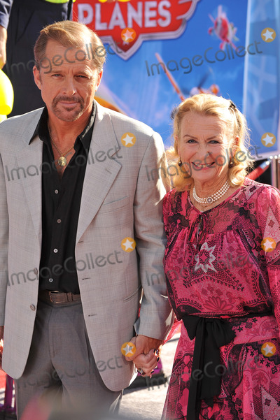 Juliet Mills Photo - Juliet Mills  husband Maxwell Caulfield at the world premiere of Disneys Planes at the El Capitan Theatre HollywoodAugust 5 2013  Los Angeles CAPicture Paul Smith  Featureflash