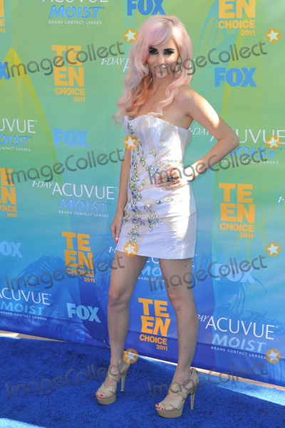 Audrey Kitching Photo - Audrey Kitching at the 2011 Teen Choice Awards at the Gibson Amphitheatre Universal Studios HollywoodAugust 7 2011  Los Angeles CAPicture Paul Smith  Featureflash