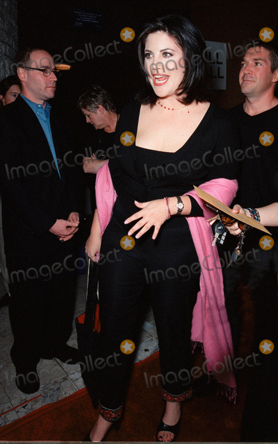 Monica Lewinsky Photo - 19OCT99  Former White House intern MONICA LEWINSKY at Los Angeles premiere of Three to Tango which stars Matthew Perry Neve Campbell  Dylan McDermott Paul Smith  Featureflash