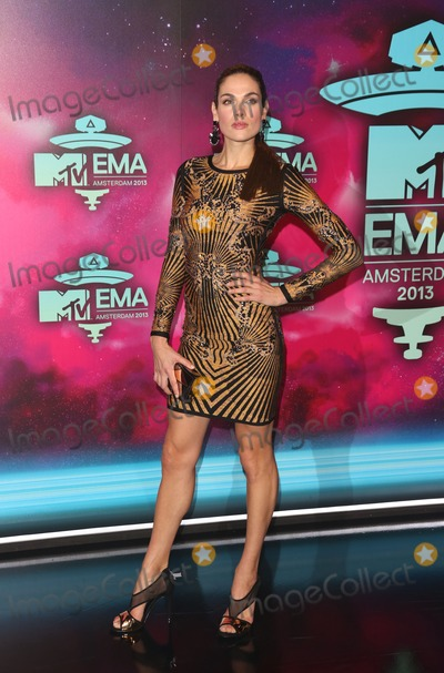 Anna Drijver Photo - Anna Drijver arriving at the MTV EMA awards Amsterdam Netherlands 101120013 Picture by Henry Harris  Featureflash