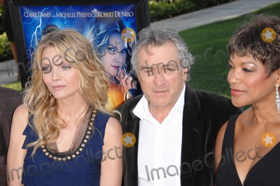 Grace Hightower Photo - Michelle Pfeiffer  Robert De Niro  wife Grace Hightower at the Los Angeles premiere of Stardust at Paramount Studios HollywoodJuly 30 2007  Los Angeles CAPicture Paul Smith  Featureflash