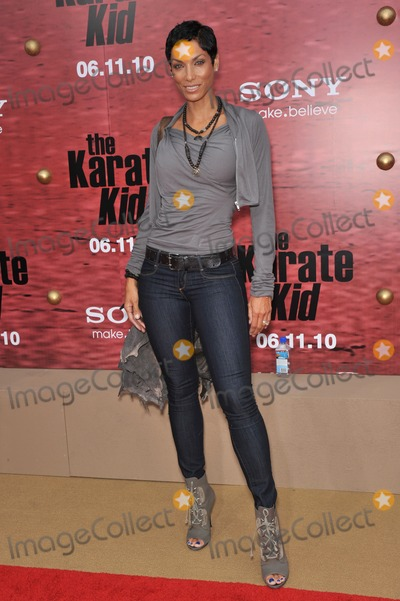 NICOLE MITCHELL Photo - Nicole Mitchell Murphy at the Los Angeles premiere of The Karate Kid at Mann Village Theatre WestwoodJune 7 2010  Los Angeles CAPicture Paul Smith  Featureflash