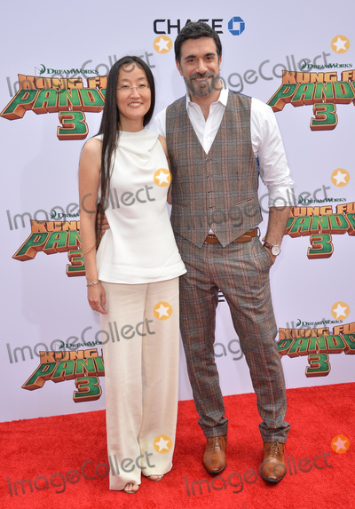 Alessandro Carloni Photo - Directors Jennifer Yuh Nelson  Alessandro Carloni at the world premiere of Kung Fu Panda 3 at the TCL Chinese Theatre HollywoodJanuary 16 2016  Los Angeles CAPicture Paul Smith  Featureflash