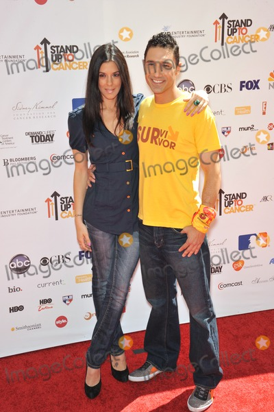 Ethan Zohn Photo - Ethan Zohn  Jenna Morasco at the Stand Up To Cancer event at Sony Pictures Studios Culver CitySeptember 10 2010  Culver City CAPicture Paul Smith  Featureflash