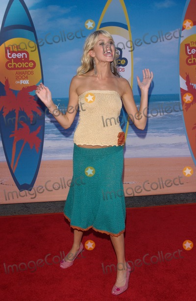 Sarah Wright Photo - SARAH WRIGHT at the 2004 Teen Choice Awards at Universal Studios HollywoodAugust 8 2004