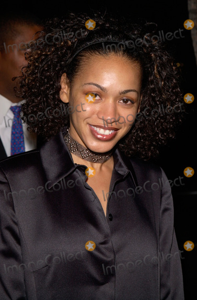Valarie Rae Miller Photo - Actress VALARIE RAE MILLER at the Los Angeles premiere of Men of Honor 01NOV2000   Paul Smith  Featureflash