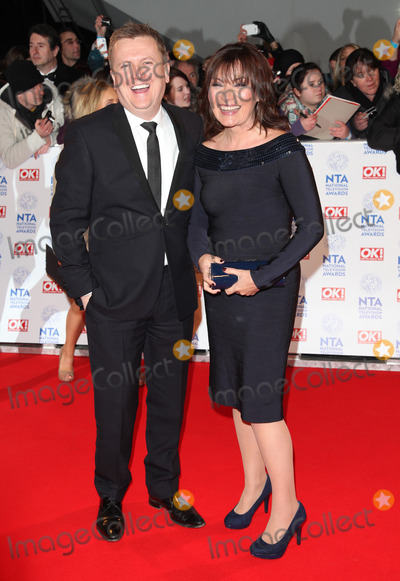 Aled Jones Photo - Lorraine Kelly and Aled Jones arriving for the National Television Awards 2013 at the O2 Arena London 23012013 Picture by Alexandra Glen  Featureflash
