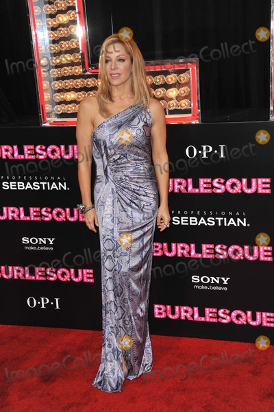 Denise Faye Photo - Choreographer Denise Faye at the Los Angeles premiere of her new movie Burlesque at Graumans Chinese Theatre HollywoodNovember 15 2010  Los Angeles CAPicture Paul Smith  Featureflash