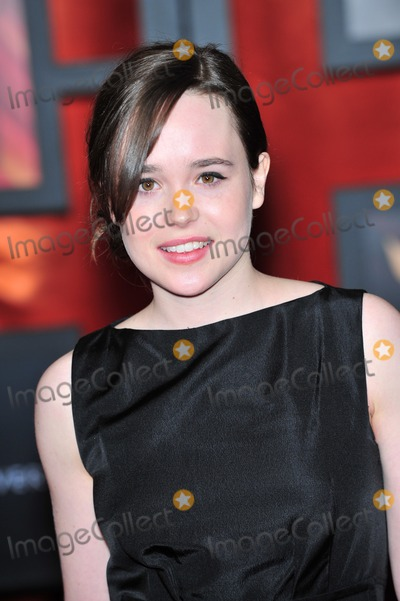 Ellen Page Photo - Juno star Ellen Page at the 13th Annual Critics Choice Awards at the Santa Monica Civic AuditoriumJanuary 7 2008  Los Angeles CAPicture Paul Smith  Featureflash