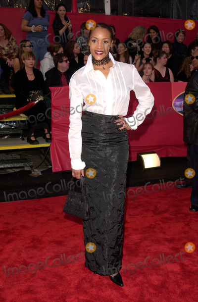 Vivica A Fox Photo - 05MAR2000  Actress VIVICA A FOX at the 2nd Annual TV Guide Awards in Los Angeles      Paul Smith  Featureflash
