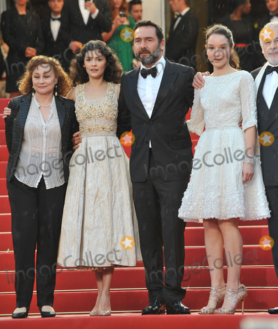 Anais Demoustier Photo - Audrey Tautou Gilles Lellouche  Anais Demoustier at the closing awards gala at the 65th Festival de CannesMay 27 2012  Cannes FrancePicture Paul Smith  Featureflash