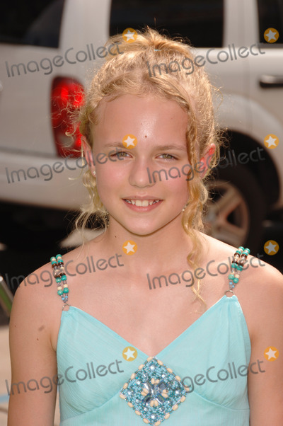 Courtney Taylor Photo - Actress COURTNEY TAYLOR BURNESS  at the Los Angeles premiere of The Ant BullyJuly 23 2006  Los Angeles CA 2006 Paul Smith  Featureflash