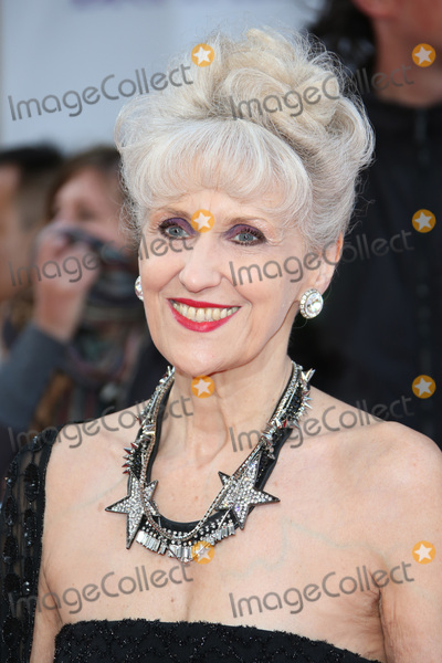 Anita Dobson Photo - Anita Dobson at the 2015 Pride of Britain Awards at the Grosvenor House HotelSeptember 28 2015  London UKPicture James Smith  Featureflash
