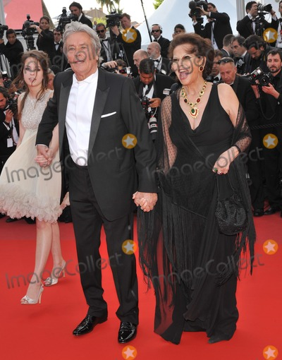 Alain Delon Photo - Claudia Cardinale  Alain Delon at the premiere screening of Wall Street Money Never Sleeps at the 63rd Festival de CannesMay 14 2010  Cannes FrancePicture Paul Smith  Featureflash