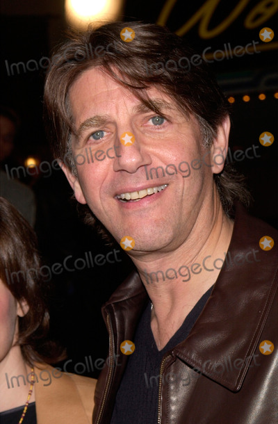 Albert Finney Photo - 14MAR2000  Actor PETER COYOTE at the world premiere in Los Angeles of Erin Brockovich which stars Julia Roberts  Albert Finney Paul Smith  Featureflash
