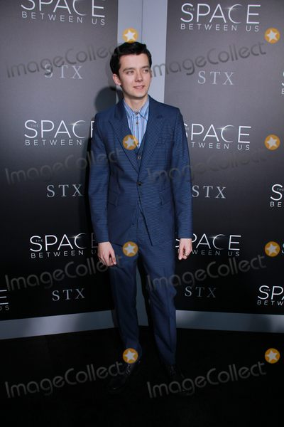 Asa Butterfield Photo - Asa Butterfield 01172017 The Los Angeles Premiere of The Space Between Us held at the ArcLight Hollywood in Los Angeles CA Photo by Izumi Hasegawa  HollywoodNewsWireco