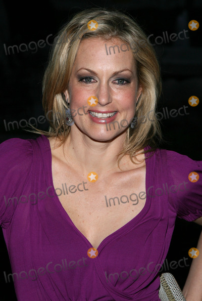Alexandra Wentworth Photo - April 30 2009  Alexandra Wentworth attends the screening of Head Case at the Museum of Modern Art in New York City