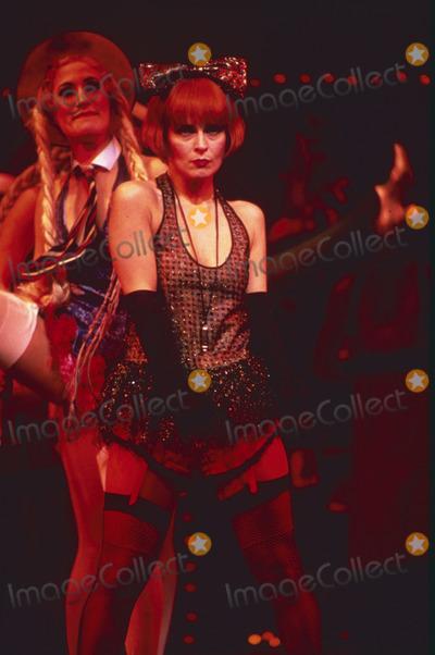 Toyah Willcox Photo - LondonUK  LIBRARY   Toyah Willcox in Cabaret stage production Late 1980sReCaptioned02112018RefLMK11-SLIB021118-003PIP-Landmark MediaWWWLMKMEDIACOM