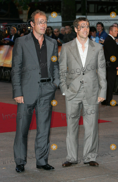 Alan Shearer Photo - London England and Newcastle football stars Alan Shearer (L) and Michael Owen    at the premiere of  Goal  at the Odeon Leicester SquareLondon Both players appear in the film as themselves 15th September 2005 Keith MayhewLandmark Media