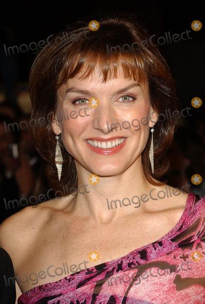 Fiona Bruce Photo - London Fiona Bruce at the National Television Awards 2005 held at  the Royal Albert Hall25 October 2005Eric BestLandmark Media