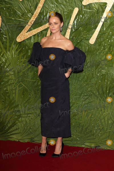 Stella McCartney Photo - London UK Stella McCartney at The Fashion Awards 2017 at the Royal Albert Hall Kensington Gore London on Monday 4 December 2017Ref LMK73-J1245-051217Keith MayhewLandmark MediaWWWLMKMEDIACOM