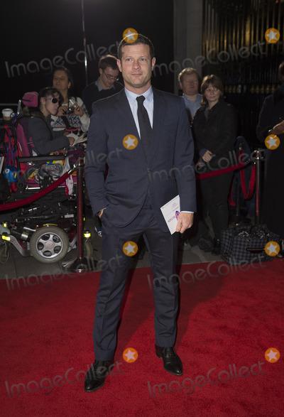 Dermot OLeary Photo - London UK Dermot OLeary at  the Pride Of Britain Awards 2016 at the Grosvenor House Hotel on October 31 2016 in London England Ref LMK386 -61201-011016Gary MitchellLandmark Media WWWLMKMEDIACOM