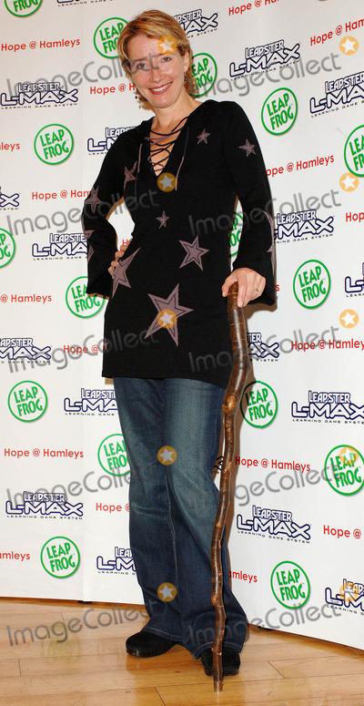 Emma Thompson Photo - London  Emma Thompson (with a walking stick)  attends the  photocall at toy shop Hamleys Regent Street London to raise funds for childrens charity Hope on Regent Street 6th November 2005 Ali KadinskyLandmark Media