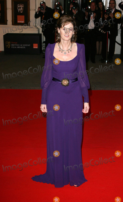 Amanda Barry Photo - London UK Amanda Barrie at the Orange British Academy of Film and Television Arts (BAFTA) Awards held at the Royal Opera House in Covent Garden10 February 2008  Keith MayhewLandmark Media
